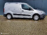 Foto Peugeot Partner 1.6 HDI|Koel|Bearlock|all seasons